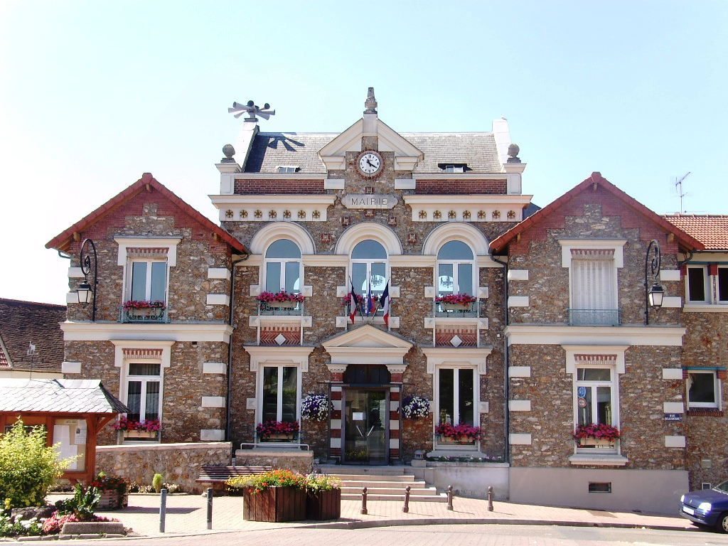 Champlan city hall.