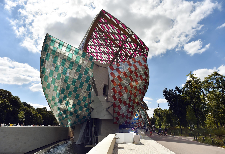 Фонд Louis Vuitton в XVI округе Парижа