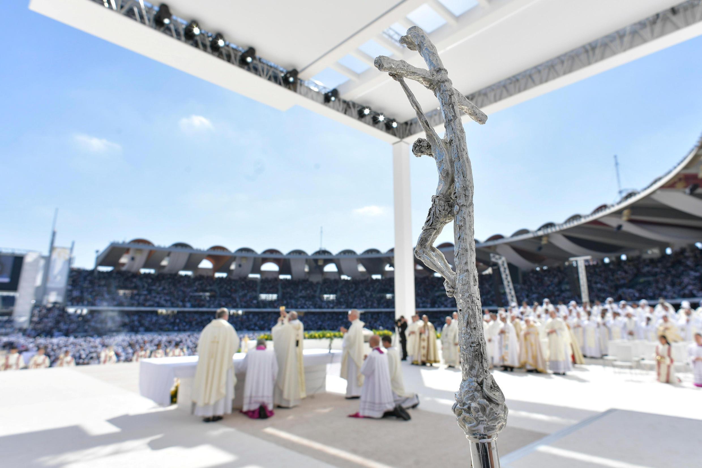 Giáo hoàng Phanxicô cử hành thánh lễ tại Abu Dhabi ngày 05/02/2019.