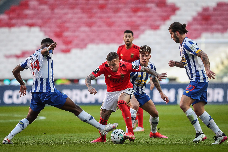 SL Benfica - FC Porto - Futebol - Desporto - Football - Portugal - Liga Portuguesa - Everton - Uribe - Sérgio Oliveira - Pizzi