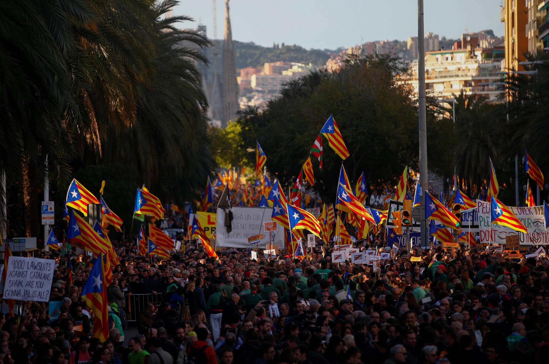 Манифестация сторонников независимости в Барселоне, 11 ноября 2017.