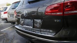 Volkswagen admitted Monday to equipping its diesel-fuelled cars in the United States with software to hide their pollution levels.