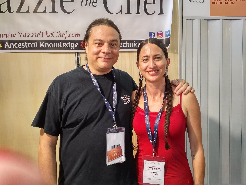 Algunos chefs de cocina también participan en Terra Madre, como Sean Sherman, que pese a ese nombre tan anglosajón es un auténtico indio Sioux.