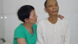 六四工运人士李旺阳与妹妹李旺玲。
