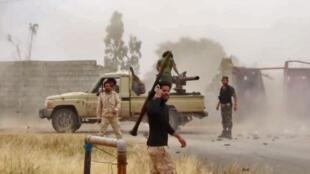Membres de l'armée de Khalifa Haftar. La bataille de Syrte pourrait mener à une escalade régionale.