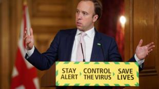 El secretario de Sanidad británico, Matt Hancock, habla durante la rueda de prensa para informar de los últimos datos de la crisis del coronavirus, el 8 de junio de 2020 en Downing Street, en el centro de Londres