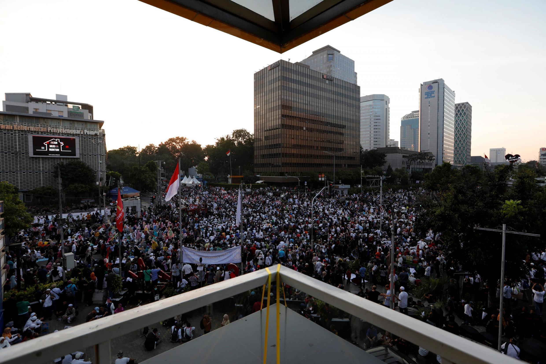 Manifestation de protestation contre les résultats de l'élection présidentielle, à Jakarta, devant le bâtiment de la Commission électorale, le 21 mai.