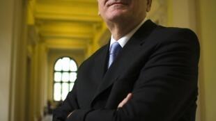 Le nouveau président serbe Tomislav Nikolic enchaîne les déclarations incendiaires en direction de l'Union européenne.