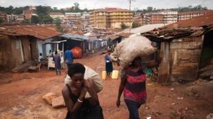 Dans un bidonville de Kampala, la capitale ougandaise.