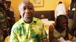 Laurent Gbagbo and her wife Simone, in an hotel room in Abidjan, after they were arrested.