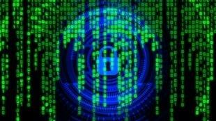 Governo francês continua luta contra ciberataque.