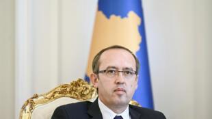 El primer ministro Avdullah Hoti, durante una rueda de prensa el 24 de julio de 2020 en Pristina