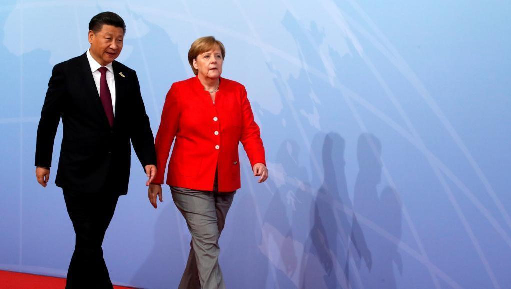 德國總理默克爾和中國國家主席習近平在漢堡20國集團峰會上  2017年7月7日