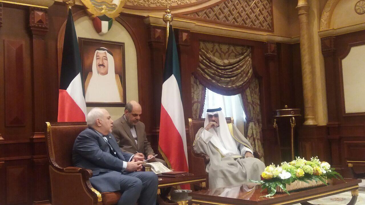 محمدجواد ظریف با ولیعهد کویت دیدار کرد