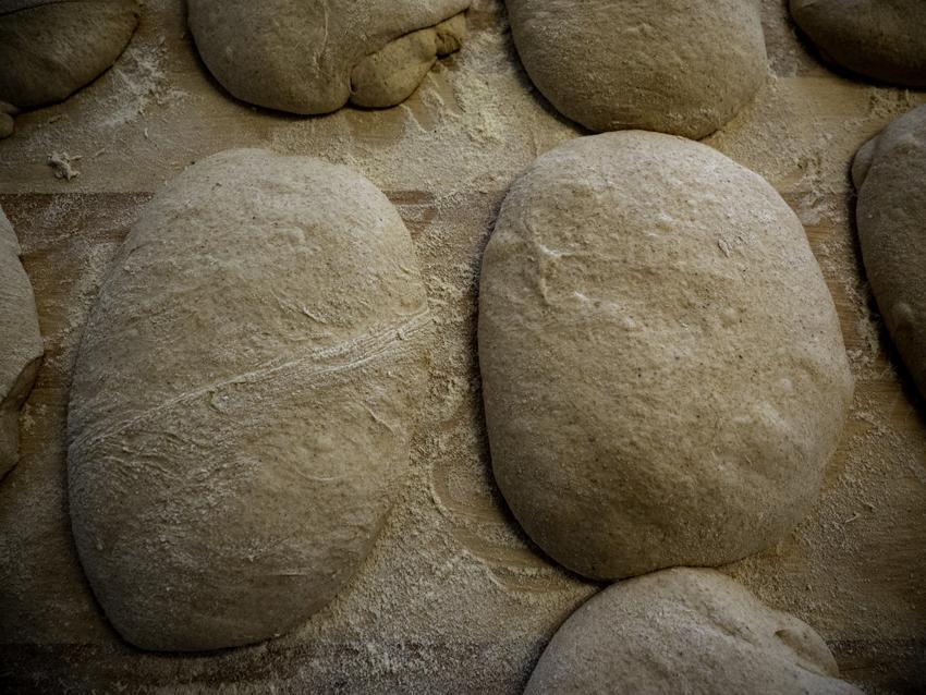 « Ma volonté, dans un futur proche, est de travailler des pains du monde. On va faire bientôt de la matlouh. »