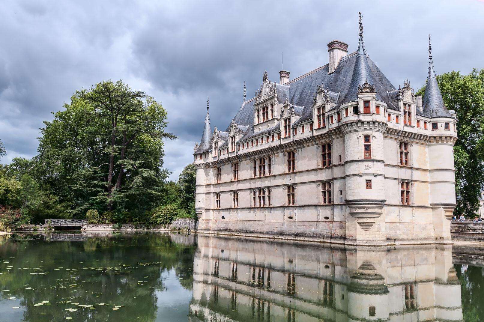 Castelo de Azay-le-Rideau, no vale do Loire.