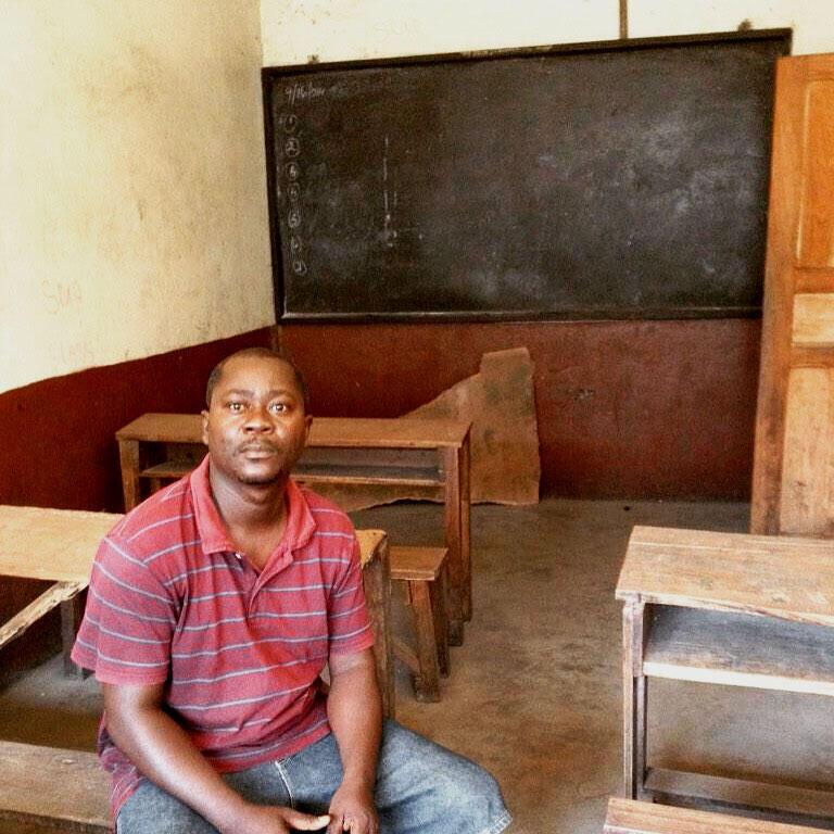 Emmanuel Mc Gill est professeur à l'Institut islamique Abdullah Tunis à Monrovia. Son établissement n'a aujourd'hui pas les moyens d'organiser sa rentrée.