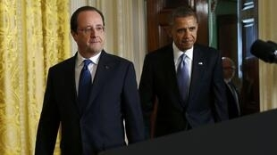 Le président François Hollande et son homologue américain Barack Obama peu avant la conférence de presse donnée ce 11 février à Washington.