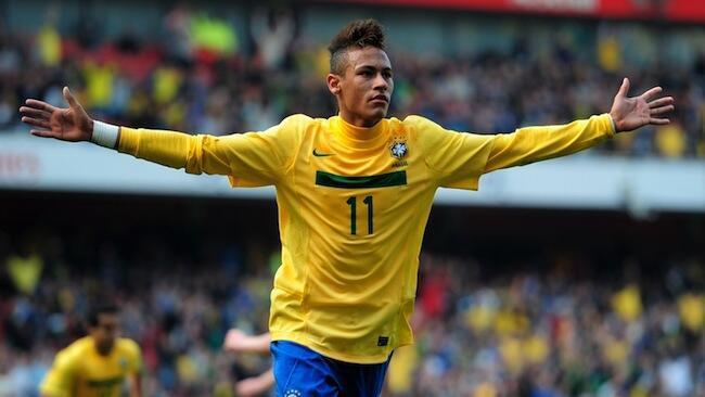 Mchezaji, Neymar da Silva Santos Junior ambaye atajiunga na klabu ya FC Barcelona msimu ujao akitokea kalbu ya Santos