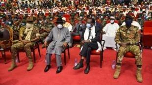 L'ex-président nigérian Goodluck Jonathan, à la tête de la médiation de la Cédéao dans la crise malienne, lors de la cérémonie d'investiture du président de la transition malienne, le 25 septembre 2020 à Bamako.
