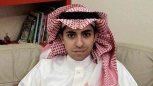 Le blogueur saoudien Raif Badawi, photographié en 2012 à Jeddah.