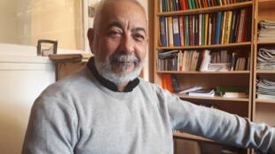 El escritor cubano Leonardo Padura visitó París para la promoción de su libro.