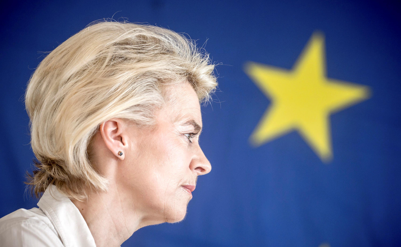 Ursula von der Leyen assumirá a presidência da Comissão Europeia.