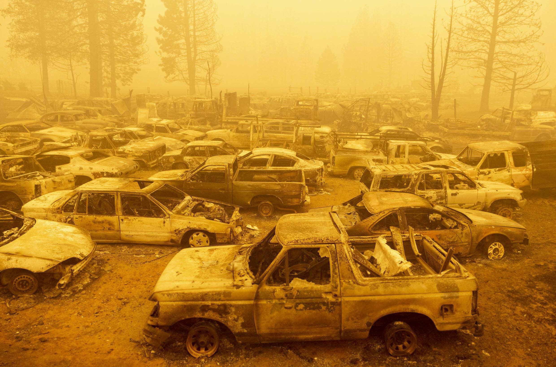 El incendio Dixie redujo el pueblo de Greenville, en el norte de California, a un montón de cenizas