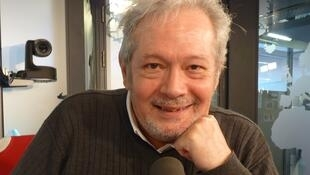 Jorge Alvarez Iberlucea en los estudios de RFI