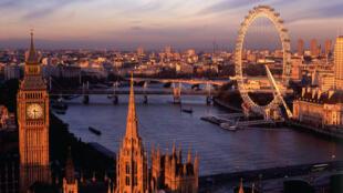 Londres atrai mais da metade dos turistas que visitam o Reino Unido