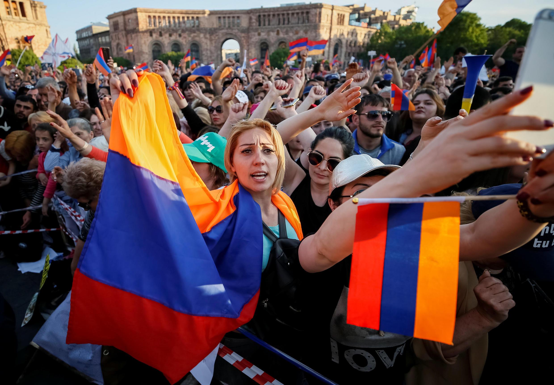 В Ереване прошла массовая забастовка в атмосфере праздника. 2 мая 2018 год