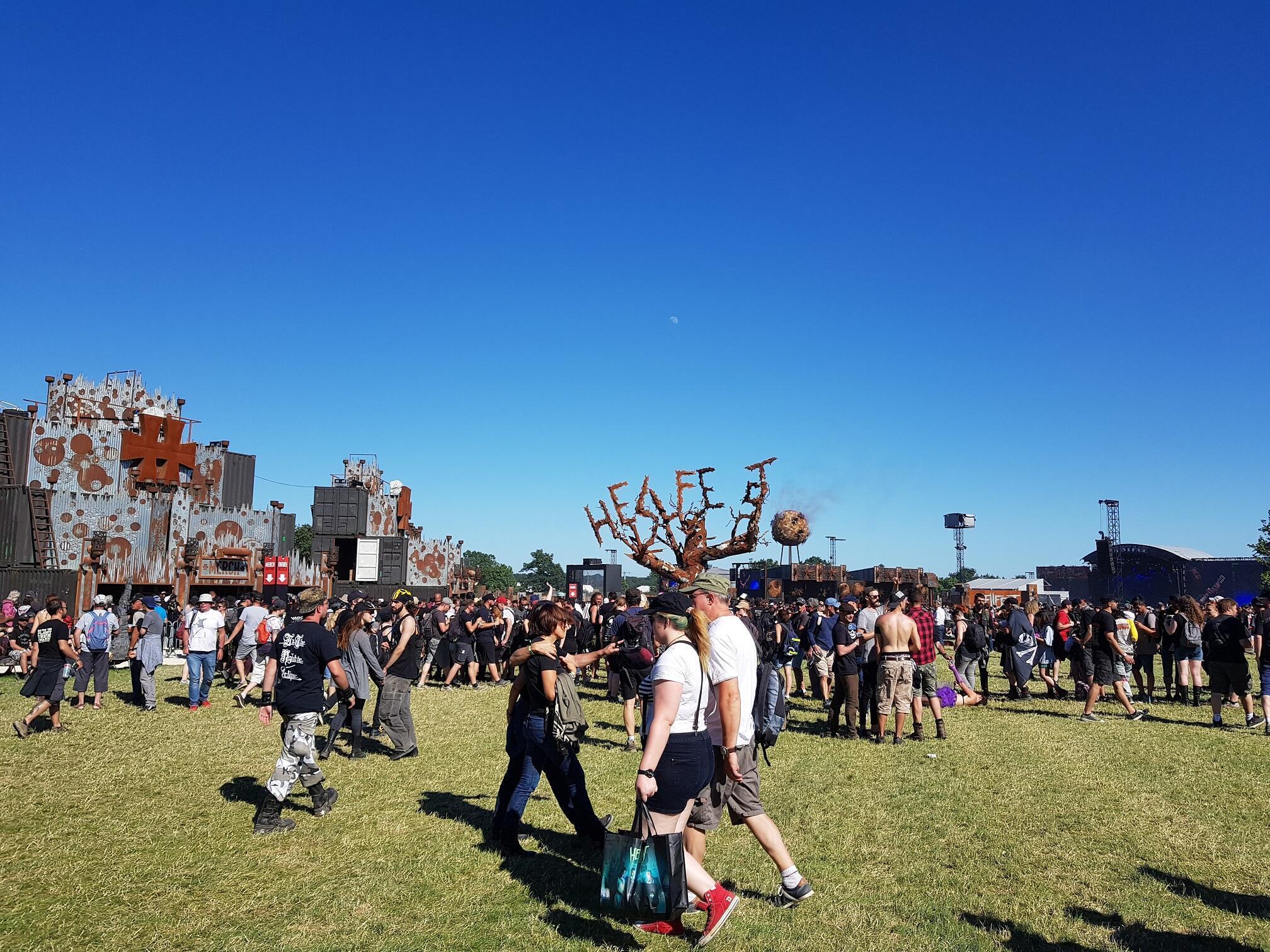 Festival é realizado em um espaço de 15 hectares em Clisson, oeste da França.