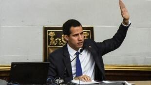 Le président par intérim autoproclamé Juan Guaido lors d'une session de l'Assemblée nationale vénézuélienne, le 5 février 2019.