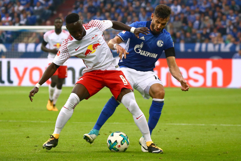 Naby Keita in action against Schalke 04 on 19 August 2017.