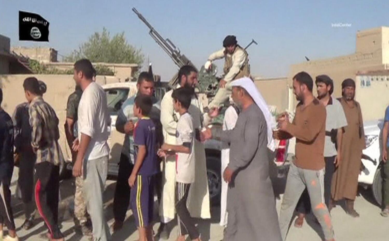 Quân thánh chiến của Nhà nước Hồi giáo tại một thị trấn Irak. Ảnh công bố ngày 21/08/2014