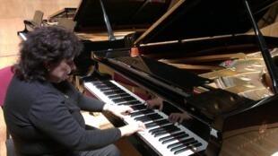 A pianista brasileira Helena Elias