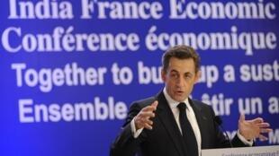 Le président français Nicolas Sarkozy lors de la Conférence économique franco-indienne, à Bombay, le 7 décembre 2010.