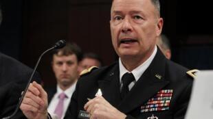 Tướng Keith Alexander, lãnh đạo NSA, trong cuộc điều trần tại Hạ viện Mỹ, ngày 29/10/2013
