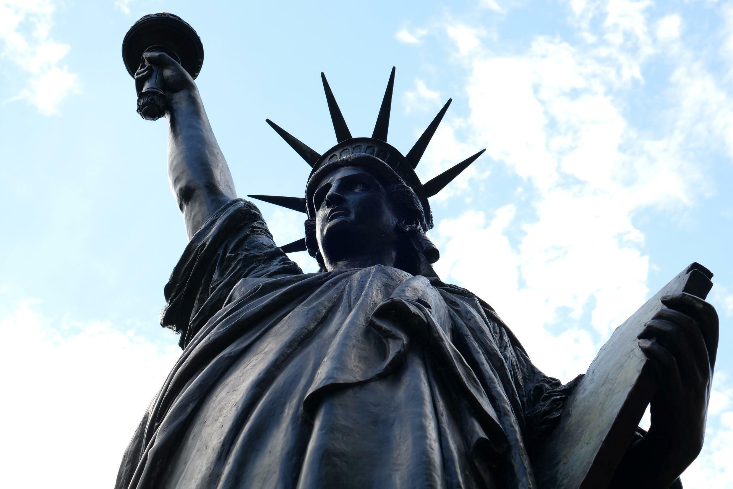2021-06-07T142850Z_70426563_RC2HSN9SYII6_RTRMADP_3_FRANCE-USA-STATUE-OF-LIBERTY
