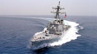 美国海军的柯蒂斯·威尔伯号驱逐舰