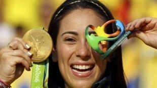 La colombiana Mariana Pajón se lleva la medalla de oro en BMX de los Juegos Olímpicos de Río 2016.