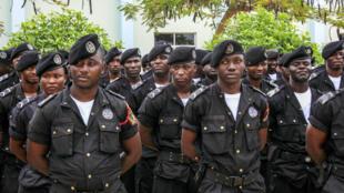 Polícia Angolana.