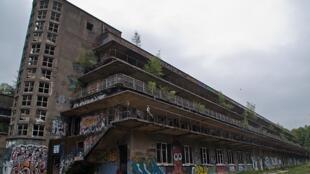 800px-Aincourt-sanatorium