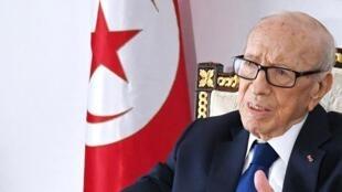 突尼斯总统埃塞卜西(Beji Caid Essebsi)任内去世        2019年7月25日