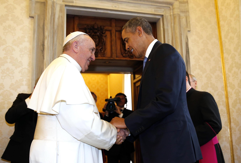 Đức Giáo hoàng Phanxicô (T) tiếp Tổng thống Mỹ Barack Obama tại Vatican, 27/03/2014