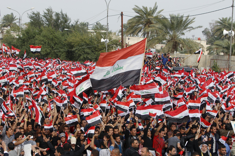 Des partisans de l'imam chiite Moqtada al-Sadr rassemblés ici pour écouter un discours anti-gouvernemental de leur leader, le 4 mars 2016.