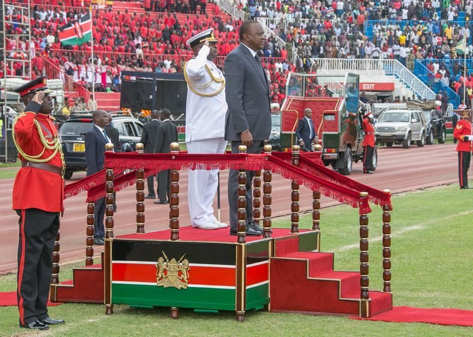 Rais Uhuru Kenyatta wakati wa maadhimisho ya 53 ya Jamhuri Desemba 12 2016