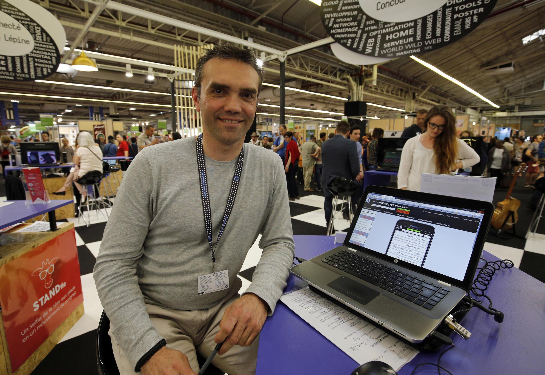 """Benoît Mirambeau, người chiến thắng cuộc thi """"Concours Lépine"""", tại Hội chợ Paris, ngày 07/05/2016."""