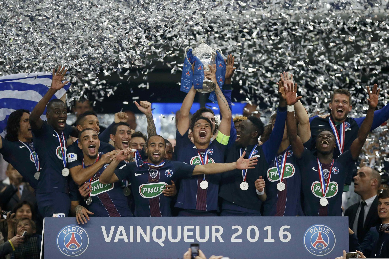 O Paris Saint-Germain conquistou a Taça de França ao vencer por 4-2 o Marselha.
