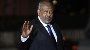 Ismaïl Omar Guelleh, ici à Paris en novembre 2018, fête ce mercredi 8 mai sa 20e années passée à la tête de Djibouti.